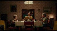 """Clip 'Jojo Rabbit' VO: """"Esta mesa es Suiza"""""""