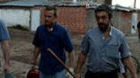https://www.ecartelera.com/videos/trailer-elefante-blanco/