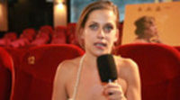https://www.ecartelera.com/videos/maria-leon-carmina-o-revienta-adaptarse-abrazar-arrimar-hombro/