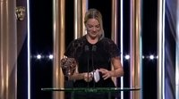 https://www.ecartelera.com/videos/brad-pitt-discurso-mejor-actor-reparto-bafta-margot-robbie/