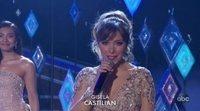 Gisela canta 'Mucho más allá' en los Oscars junto a Idina Menzel y las Elsas de otros países