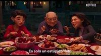 Tráiler español 'Más allá de la luna'