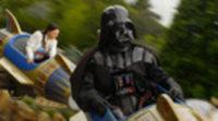 Spot Darth Vader en Disneyland