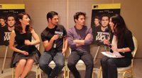 El reparto de 'Teen wolf' intenta adivinar abdominales televisivos