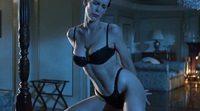 Jamie Lee Curtis baila muy sexy en 'Mentiras arriesgadas'