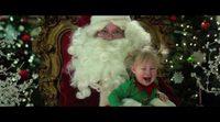 Tráiler español 'Navidades, ¿bien o en familia?'