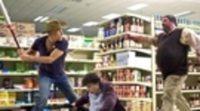 https://www.ecartelera.com/videos/trailer-zombieland/